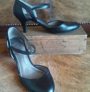 Black Life Stride Heels, Size 8.5